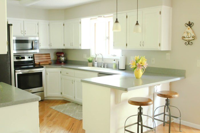Chalk Painted Kitchen Cabinets From Honey Oak To White Amazing Painting Old Kitchen Cabinets White