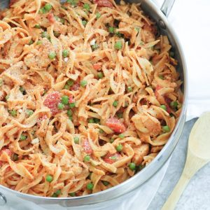 Easy Stovetop Chicken and Noodles