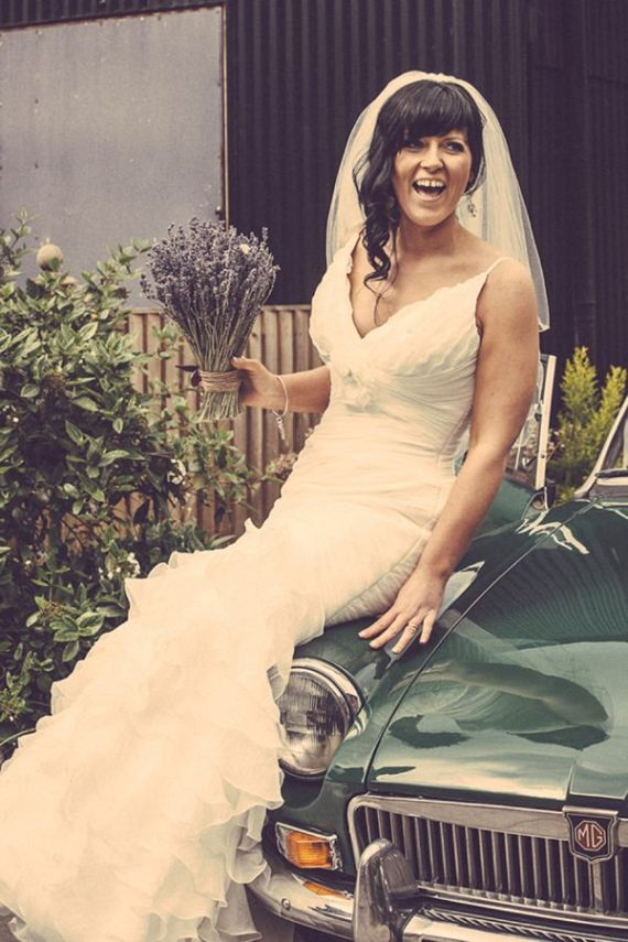beautiful bride lavender bouquet http://www.firsthandphotography.co.uk
