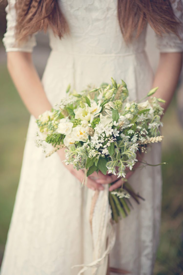White Ivory Cream Bouquet Bride Bridal Green Beautiful British Flower Peak District Moors Wedding Ideas http://www.sarahbrabbin.co.uk/