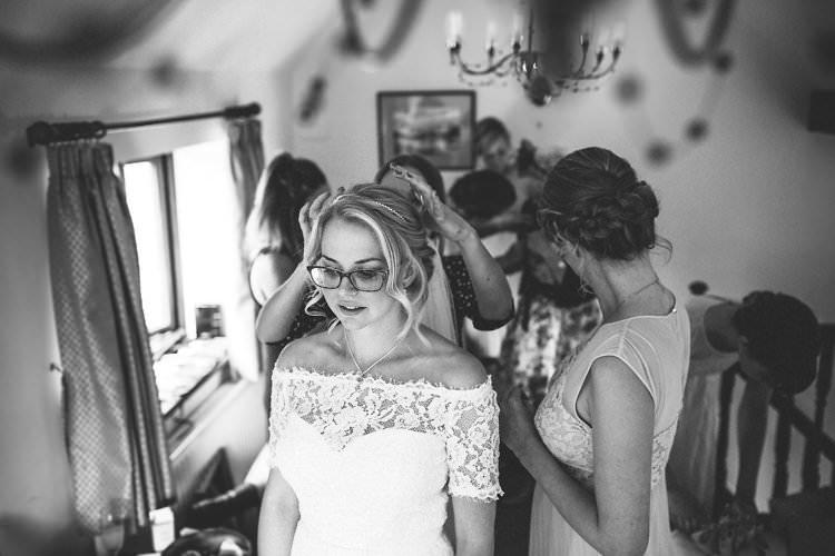 Bride Groom Wedding Glasses http://www.redonblonde.com/