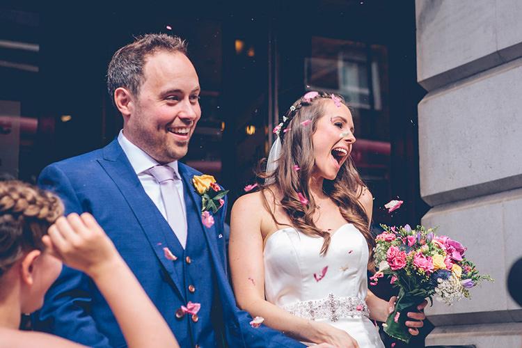 Confetti Throw Colourful Fun London Wedding http://storyandcolour.co.uk/
