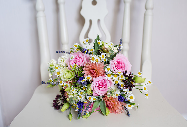 Bride Bridal Bouquet Flowers Pastel Roses Daisies Pretty Natural Floral Barn Wedding http://www.johastingsphotography.co.uk/
