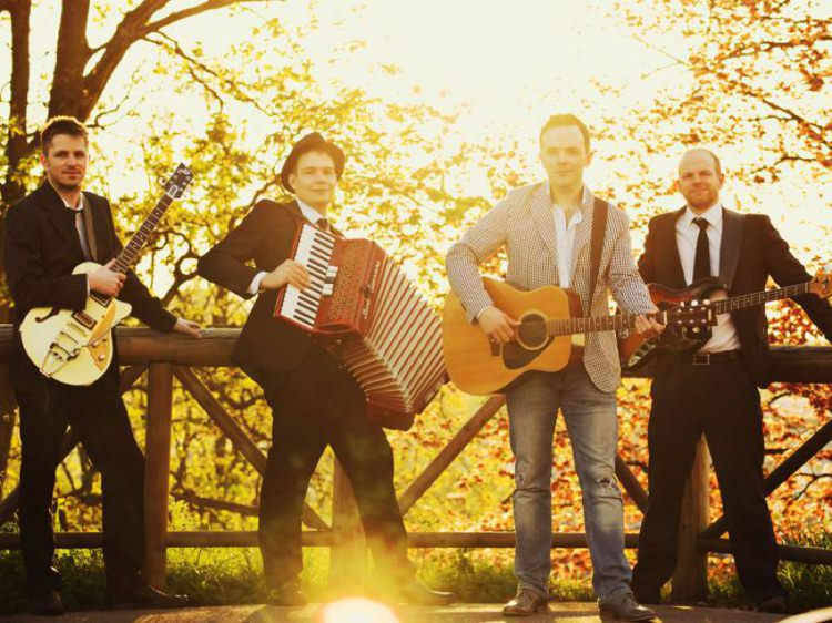 Last Minute Musicians Wedding Entertainment Directory Suppliers UK