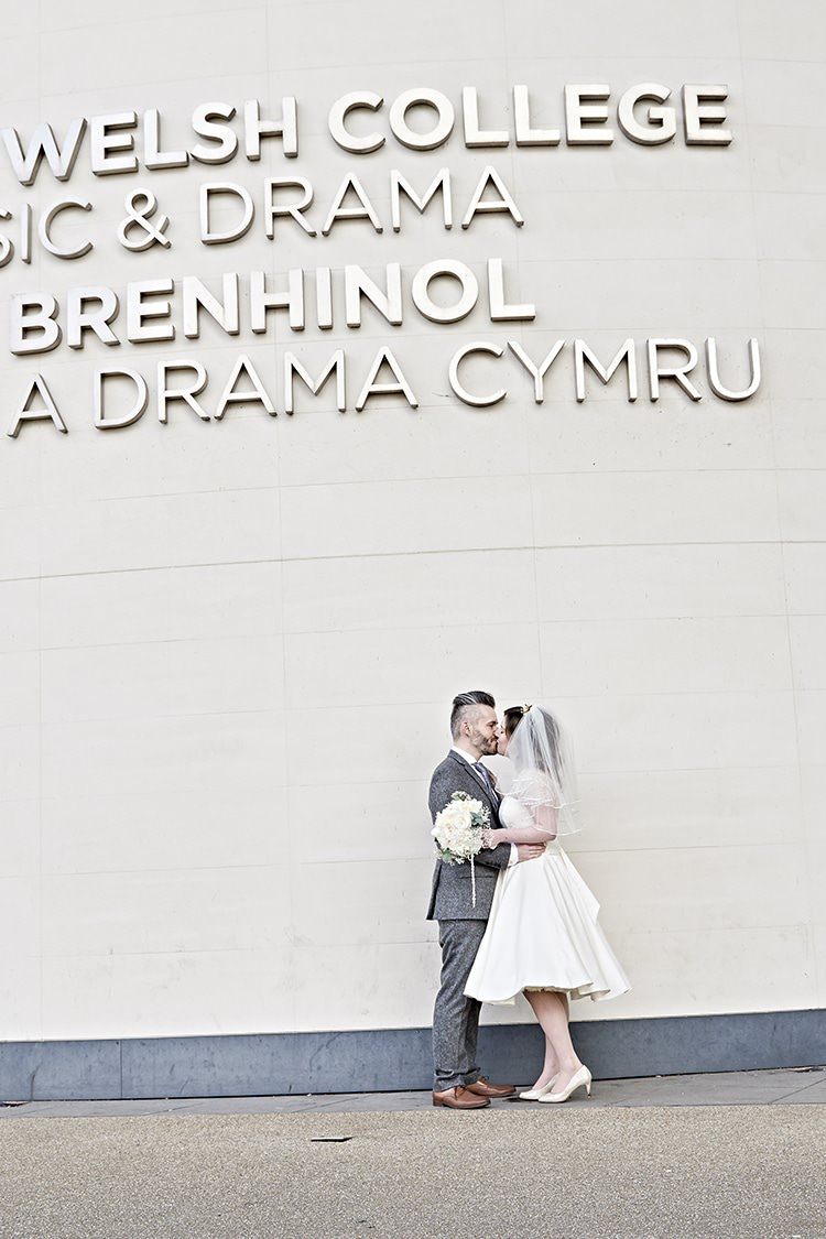 Royal Welsh College of Music and Drama Modern Mint Gold Grey City Wedding http://www.studiocano.co.uk/
