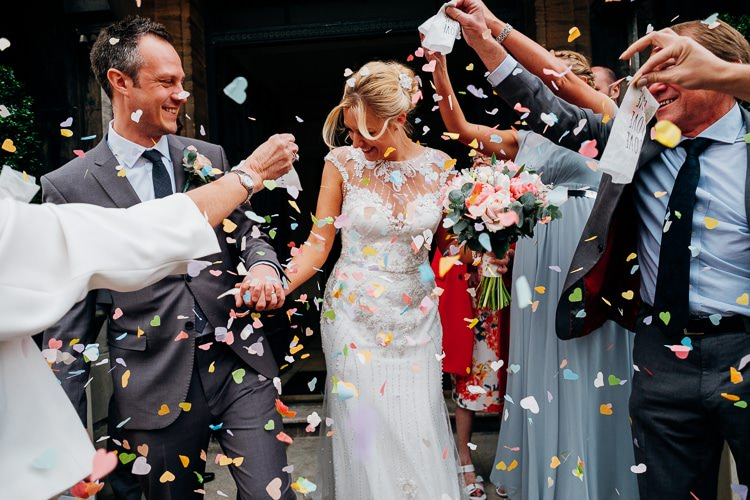 Confetti Throw Quirky Music City Wedding http://www.mariannechua.com/