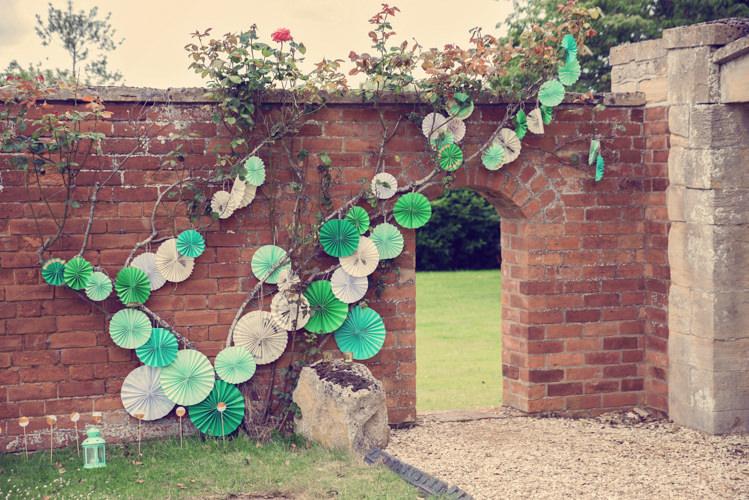 Pinwheels Decor Wall Green Homespun Mint Yurt Wedding http://www.jessicaraphaelphotography.com/