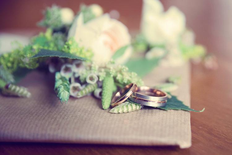 Rings Bands Bride Groom Homespun Mint Yurt Wedding http://www.jessicaraphaelphotography.com/