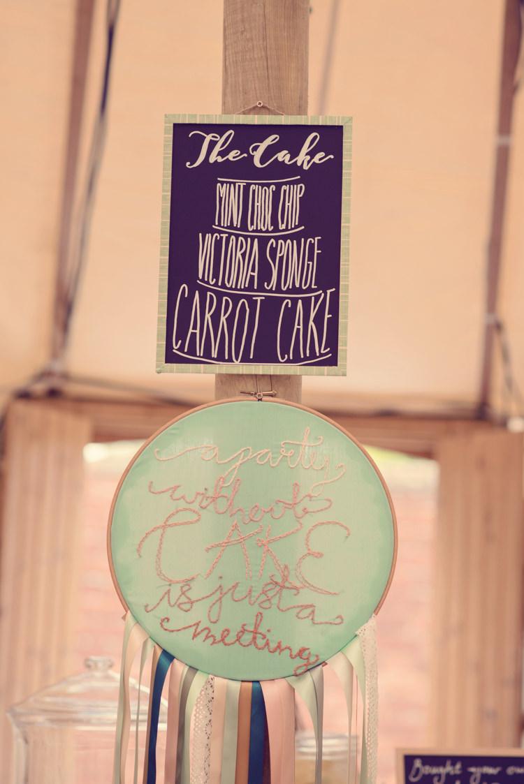 Cake Sign Embriodery Hoop Homespun Mint Yurt Wedding http://www.jessicaraphaelphotography.com/