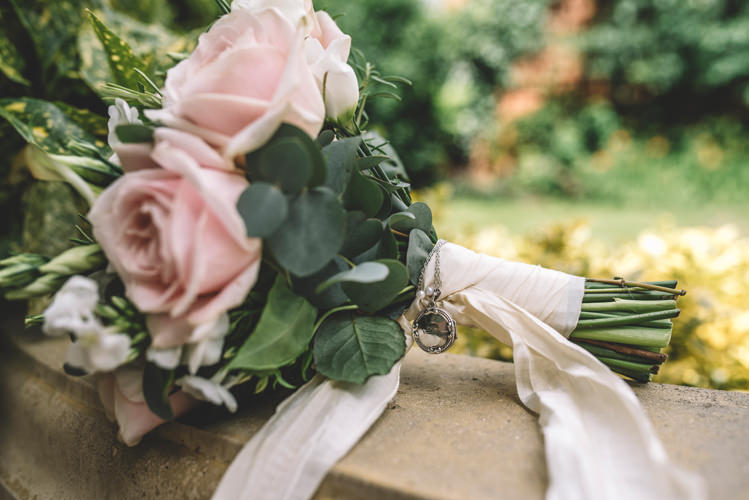 Rose Bouquet Locket Loved One Memory Ribbon DIY Summer Rustic Country Wedding http://www.danielakphotography.com/