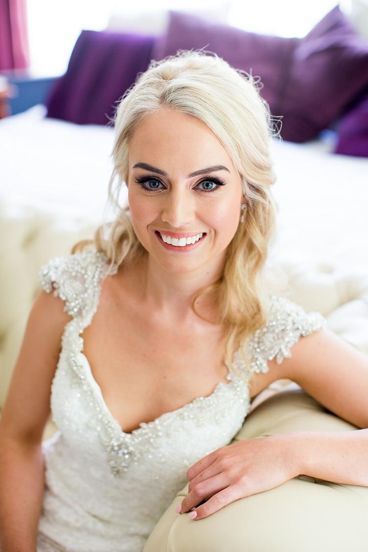 Make Up Hair Bride Bridal Pretty Beautiful Romantic Summer Country Blush Wedding http://katherineashdown.co.uk/
