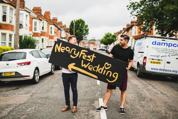 Sign Post Fun Festival Glamping Wedding https://storry.co.uk/