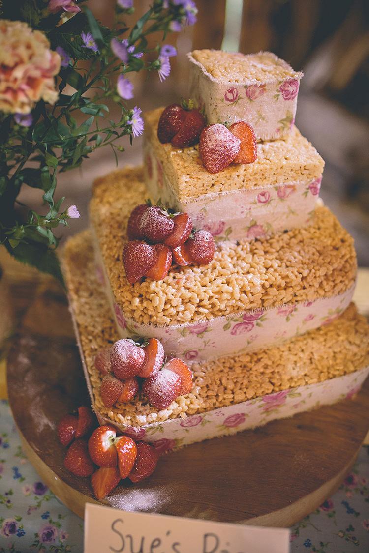 Rice Crispy Cake Homespun Fun Country Barn Wedding http://storyandcolour.co.uk/