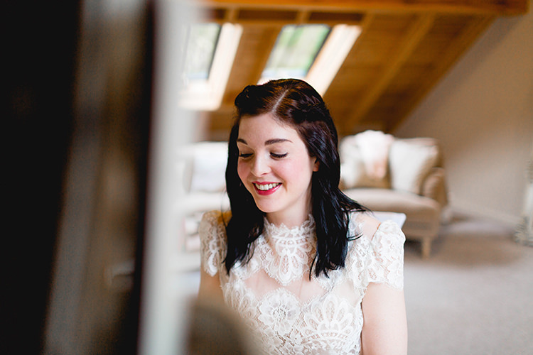 Stylish Soft Blush Wedding http://www.jemmakingphotography.co.uk/