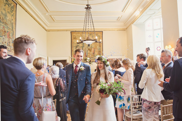 Confetti Antler Feather Stunning Countryside Wedding http://www.cottoncandyweddings.co.uk/