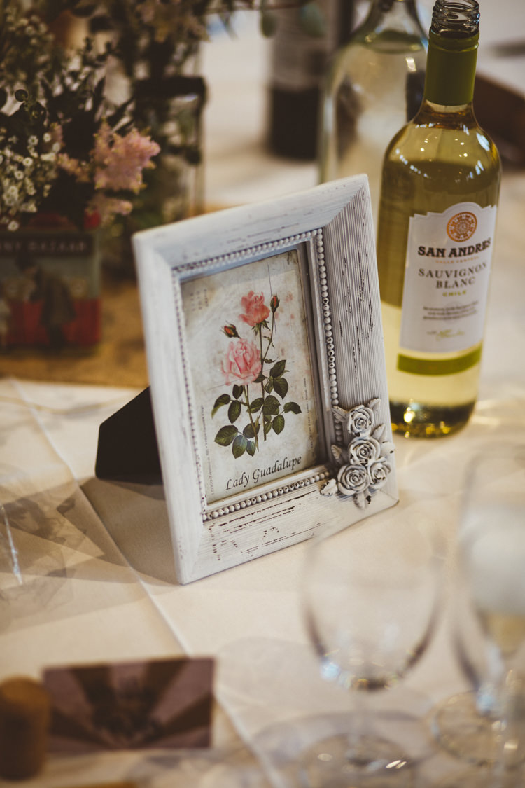 Table Name Rose Frame Centre Industrial Cool Museum Wedding https://photography34.co.uk/