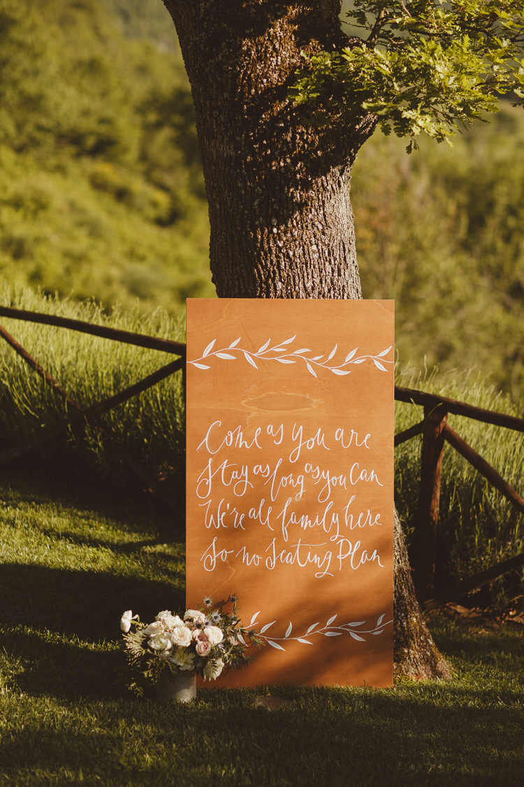 Calligraphy Wooden Sign No Seating Plan Beautifully Intimate Open Air Wedding Umbria http://www.edpeers.com/