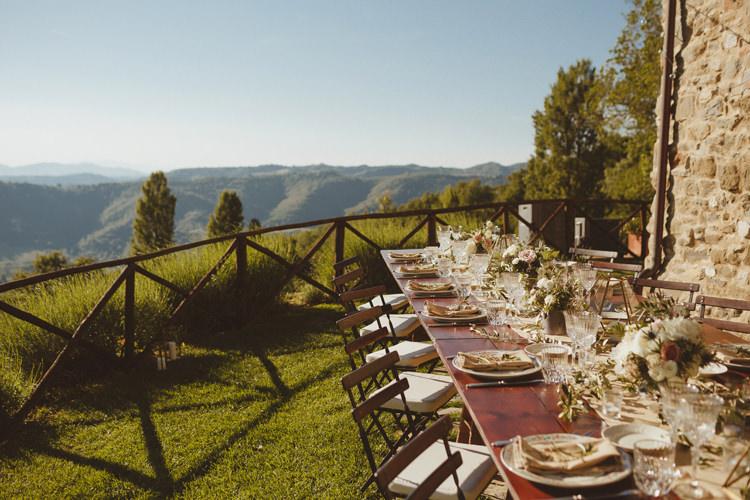 Beautifully Intimate Open Air Wedding Umbria http://www.edpeers.com/
