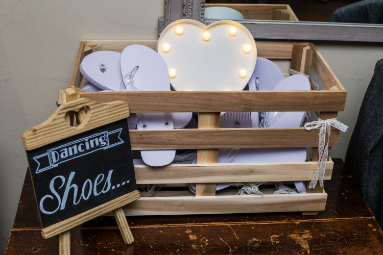 Dancing Shoes Flip Flops Chalkboard Sign Details Decor Pretty Quirky Pastel Wedding http://www.happilyevercaptured.com/