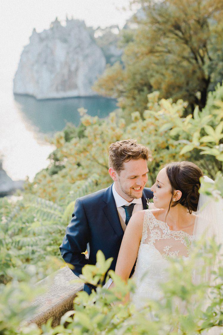 Sea View Cliffs Romantic Vibrant Pink Wedding Trieste http://www.emotionttl.com/en/home/
