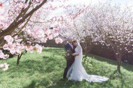 Classic Spring Cherry Blossom Wedding http://www.hannahmcclunephotography.com/