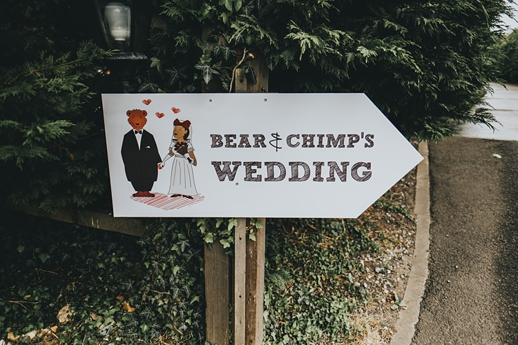 Sign Post Illustrated Personalised Burgundy Blush Minimal Elegant Barn Wedding http://www.rosshurley.com/
