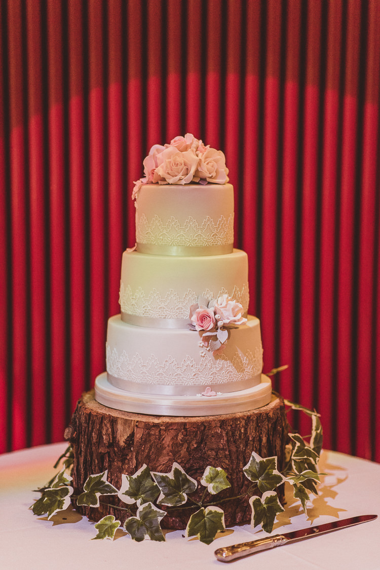 Cake Table Wood Slice Pink Lace Icing Sugar Flowers Rose Ribbon Enchanting Woods Inspired Country Wedding http://alexapenberthy.com/