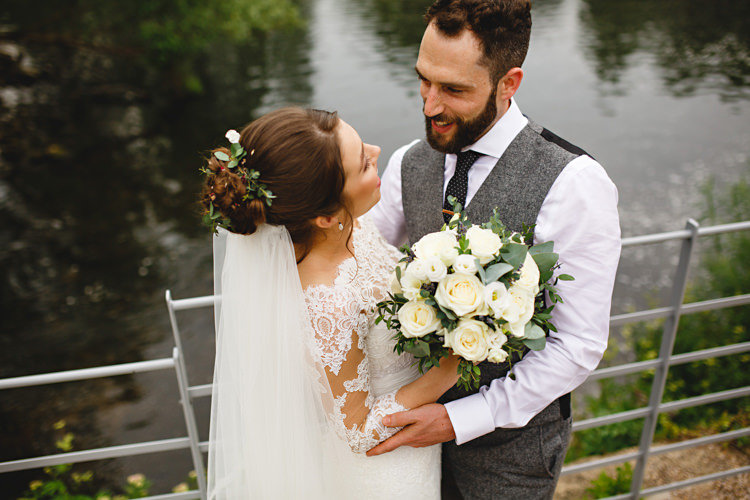 Rose Bouquet Vines Hair Bride Bridal Industrial Rose Gold Dove Grey Greenery Wedding http://hbaphotography.com/