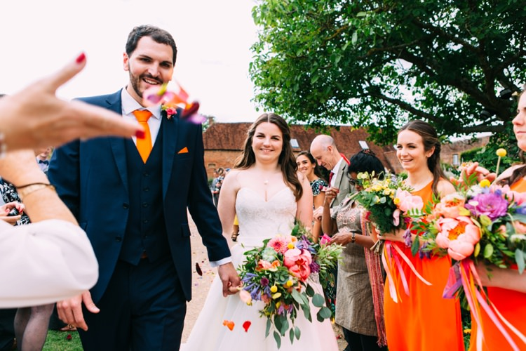 Colourful Mexican Garden Wedding http://jennifersmithphotography.co.uk/