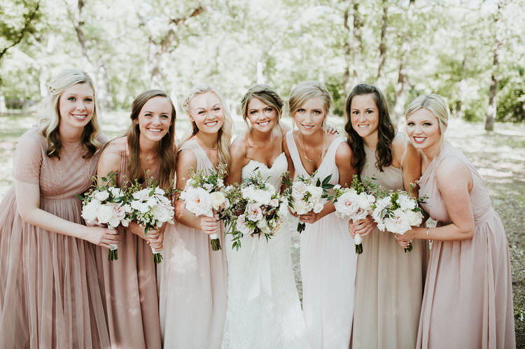 Outdoor Rustic Boho Forest Sweetheart Bride Blush Bridesmaids White Bouquets | Organic Earthy Fun Wedding Oklahoma http://zaynewilliams.com/