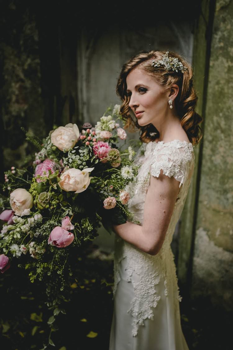 Pink Bouquet Flowers Bride Bridal Peony Peonies Hydrangea Rose Romantic Luxe Wedding Ideas in the Country http://benjaminmathers.co.uk/
