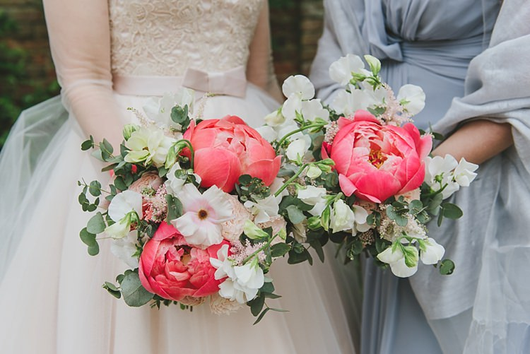 Peony Peonies Sweet Peas Flowers Bouquets Bride Bridal Untraditional Pretty Travel Barn Wedding https://www.georgimabee.com/