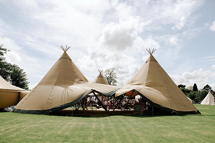 Open Side Tipi Mega Laid Back Festival Party Wedding http://www.jessicawilliams.photography/