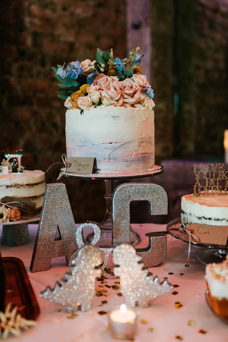 Wedding Cakes Dessert Table Fresh Flowers Toppers Gold Glitter Letters | Glitter Dinosaurs City Wedding https://struvephotography.co.uk/