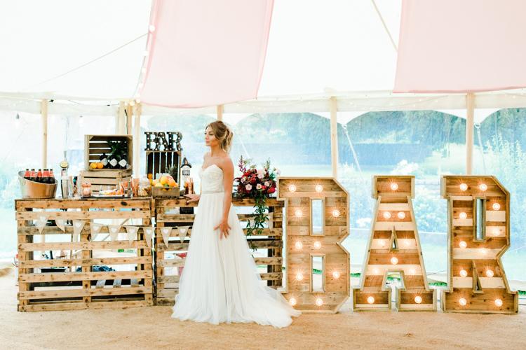 Wooden Rustic Bar Outdoorsy Late Summer Marquee Wedding Ideas http://www.esmefletcher.com/