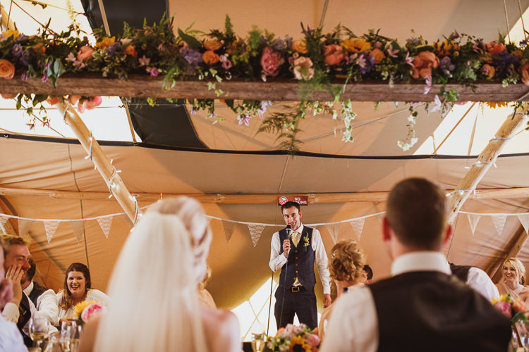 Floral Garland Runner Flowers Bunting Hessian Rural Clifftop Tipi Wedding https://www.njphotographic.co.uk/