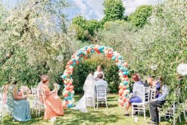 Romantic Garden Elopement Tuscany http://purewedding.it/en