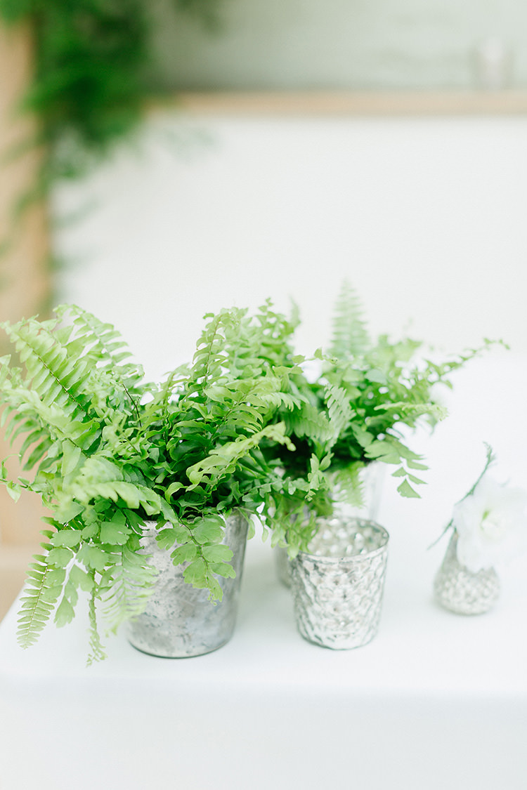 Ferns Silver Decor Understated Elegance Greenery Natural Wedding Gaynes Park Essex http://ilariapetrucci.co.uk/