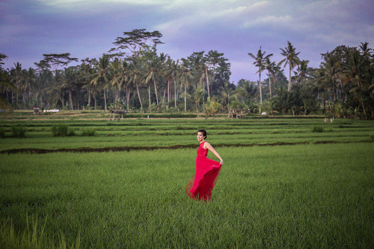 Outdoor Destination Luxury Adventure Ubud Chinese Tea Ceremony Fields Red Dress | Whimsical Exotic Tropical Jungle Wedding Bali http://www.cecilephotographybali.com/