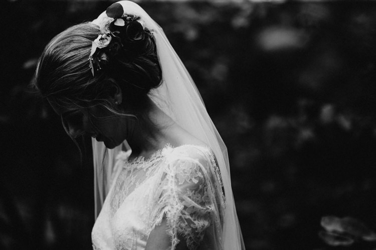 Flowers Veil Hair Bride Bridal Larchfield Estate Wedding Honey and the Moon Photography