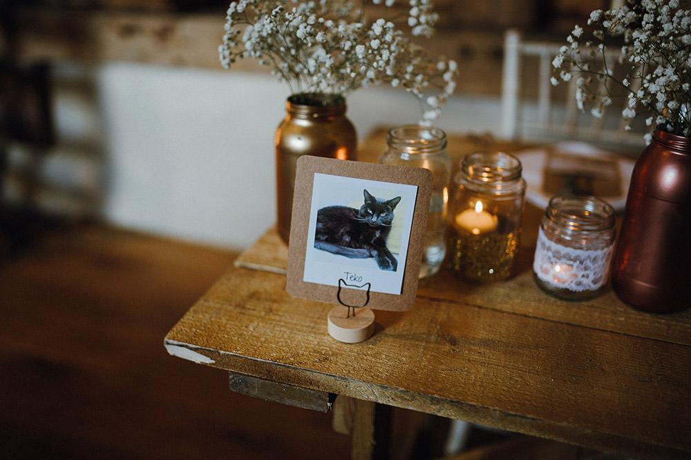 Cat Table Name Pimhill Barn Wedding Shrophire Leah Lombardi Photography