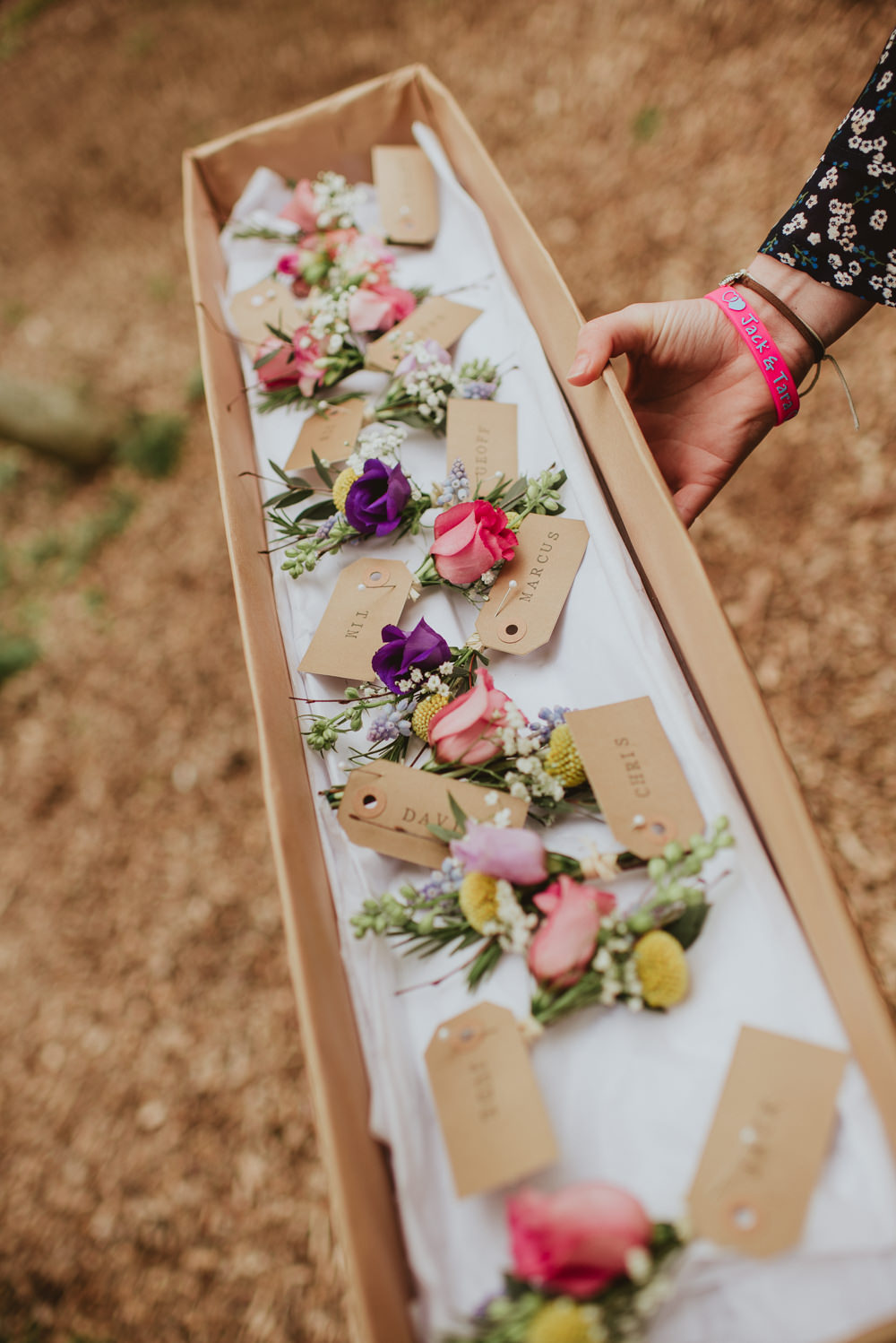 Buttonholes Lugagge Tags Rose Flowers Plush Tents Glamping Wedding Big Bouquet Photography