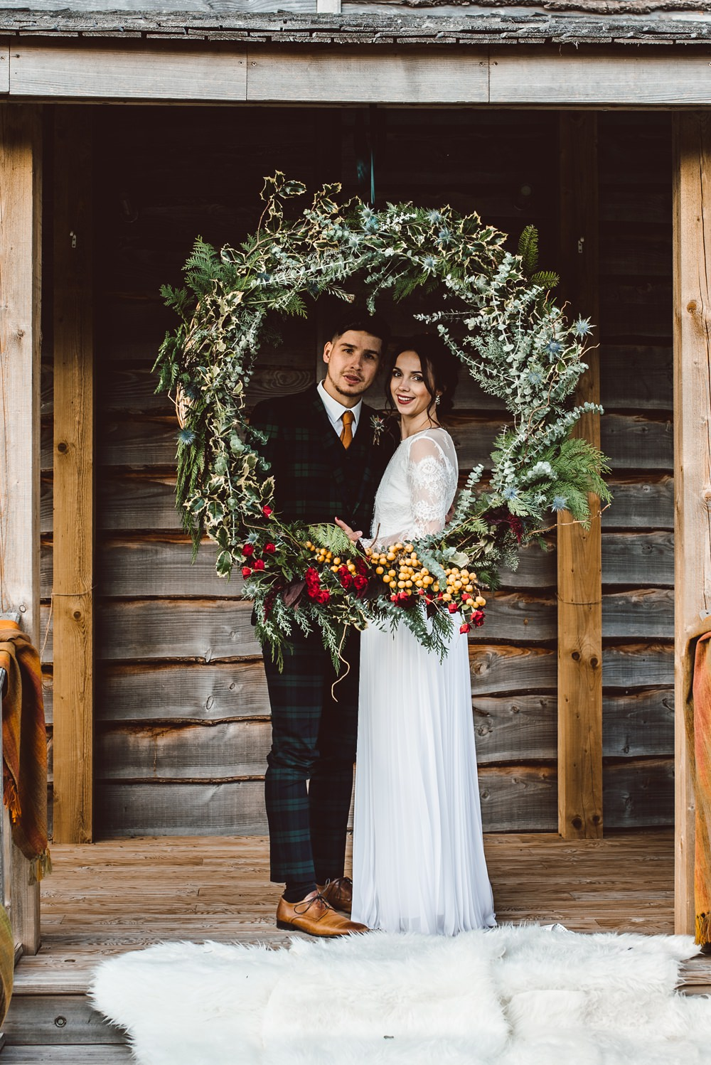 Large Wreath Photo Booth Backdrop Festive Rustic Christmas Wedding Ideas Dhw Photography