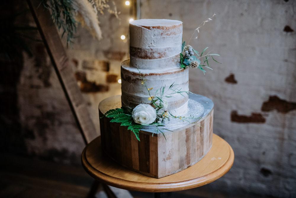 Semi Naked Cake Wooden Block Heart Manchester Wedding Kazooieloki Photography