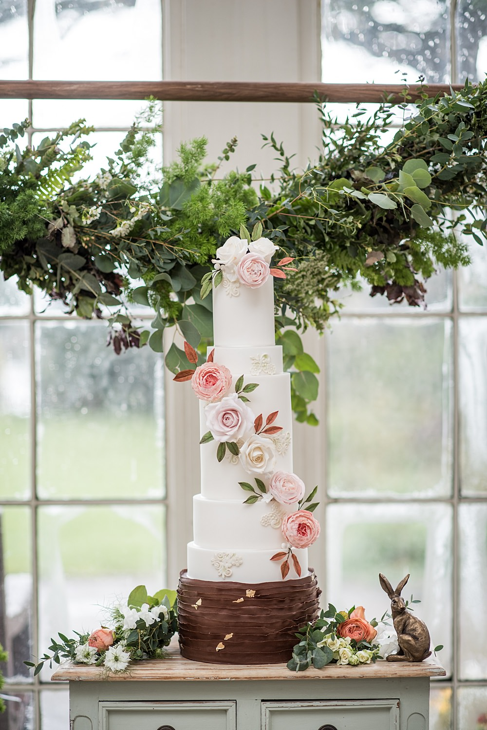 Cake Floral Flowers Tall Peach Gold Wedding Ideas Jane Beadnell Photography