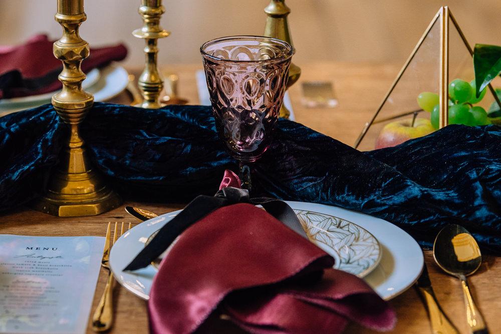 Place Setting Napkin Dutch Art Wedding Ideas Berni Palumbo Photography