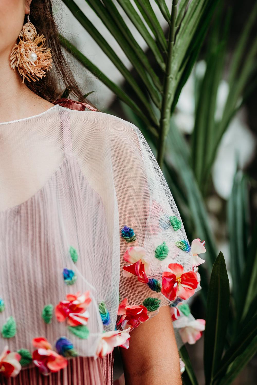 Dress Gown Bride Bridal Flowers Floral Sleeve Tropical Wedding Ideas When Charlie Met Hannah