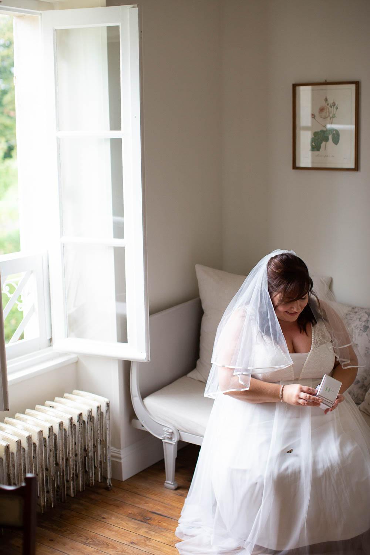 Bride Bridal Dress Gown Veil Château Elopement France Maru Photography