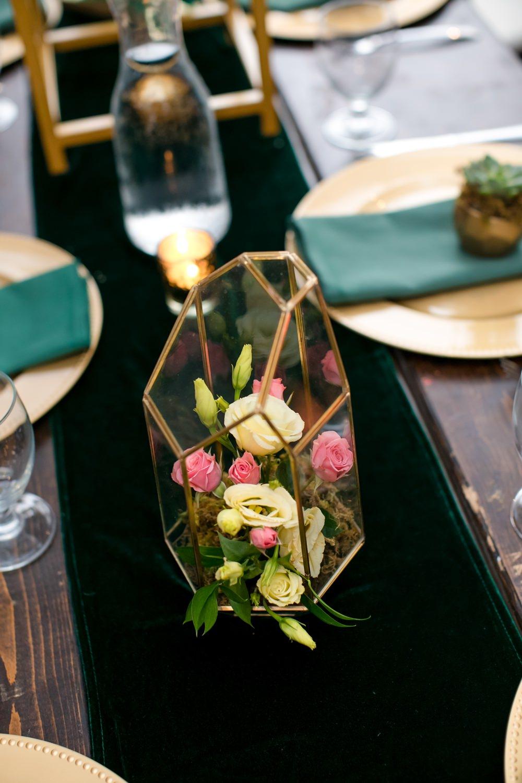 Terrarium Flowers Centrepiece Decor Floral Minneapolis Wedding Jeannine Marie Photography