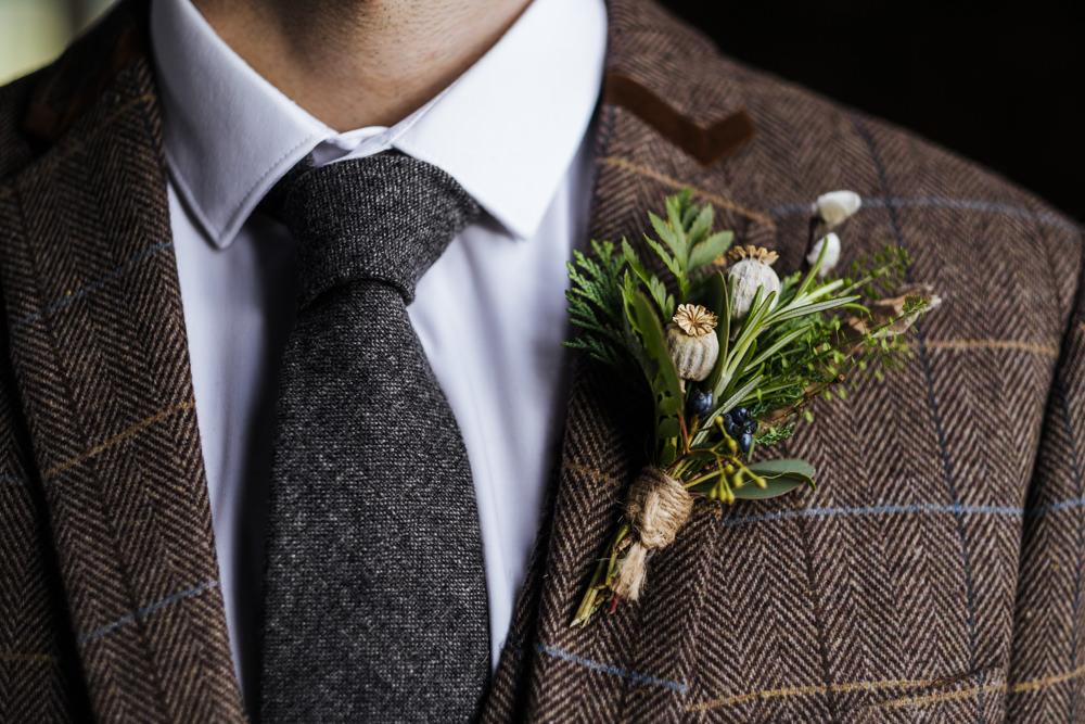 Buttonhole Flowers Groom Groomsmen Boutonniere Ethical Wedding Ideas Jenna Kathleen Photographer